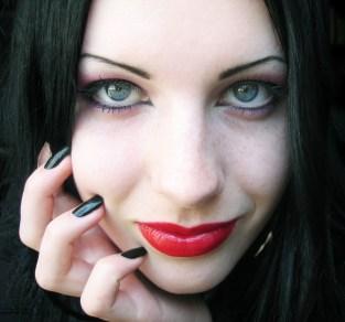 long lasting manicure